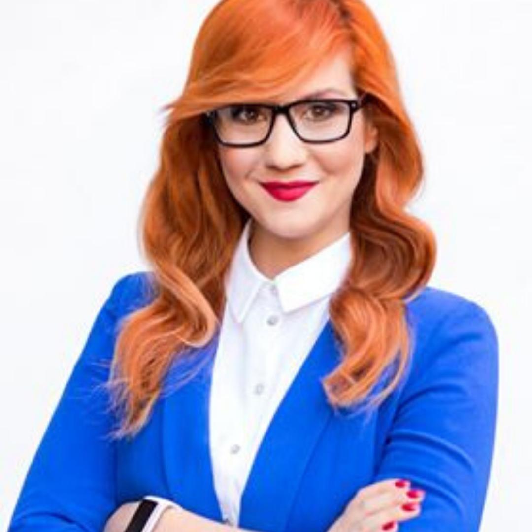 Alina KiereS